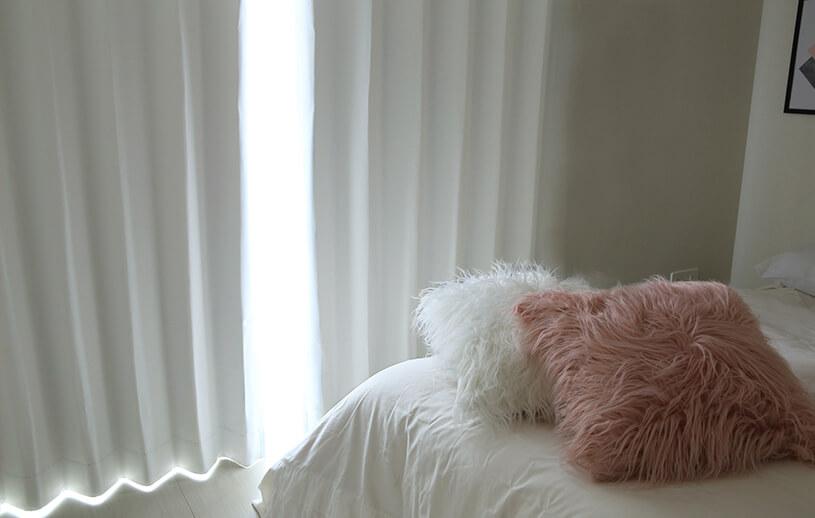 くすみのない、マシュマロのような柔らかな遮光カーテン~マシュマロー~ミルク
