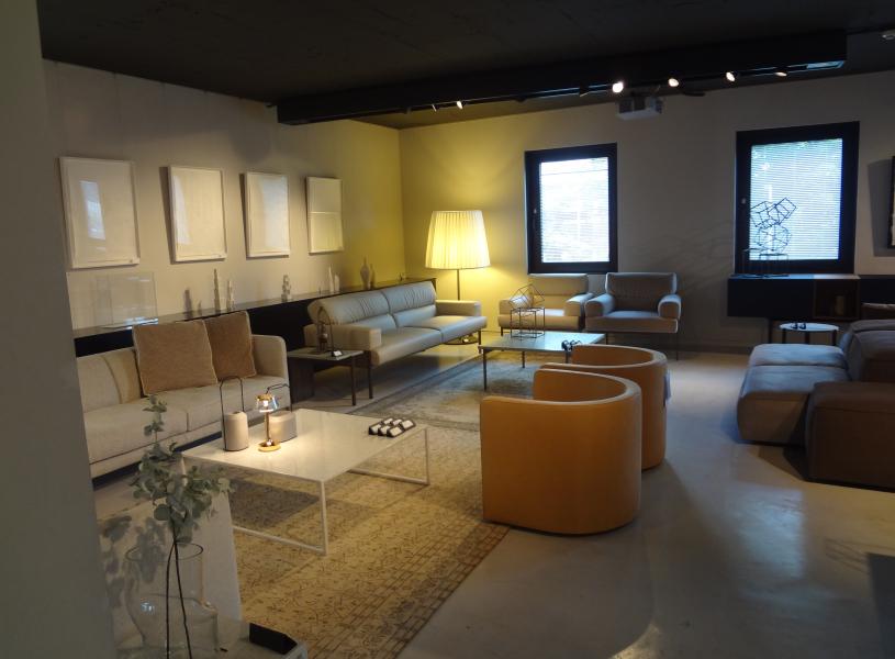 【第14回】青山インテリアショップ紹介!イタリア製ハイブランド家具。『è interiors(エ・インテリアズ)』