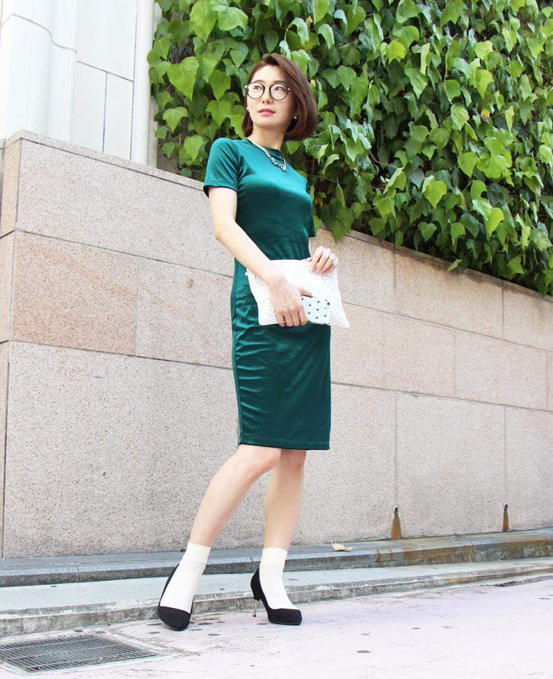 【第26回】表参道ストリートスナップ!誰もが一度は憧れる「品格高い大人の女性」。知っておきたい高級感のある素材!