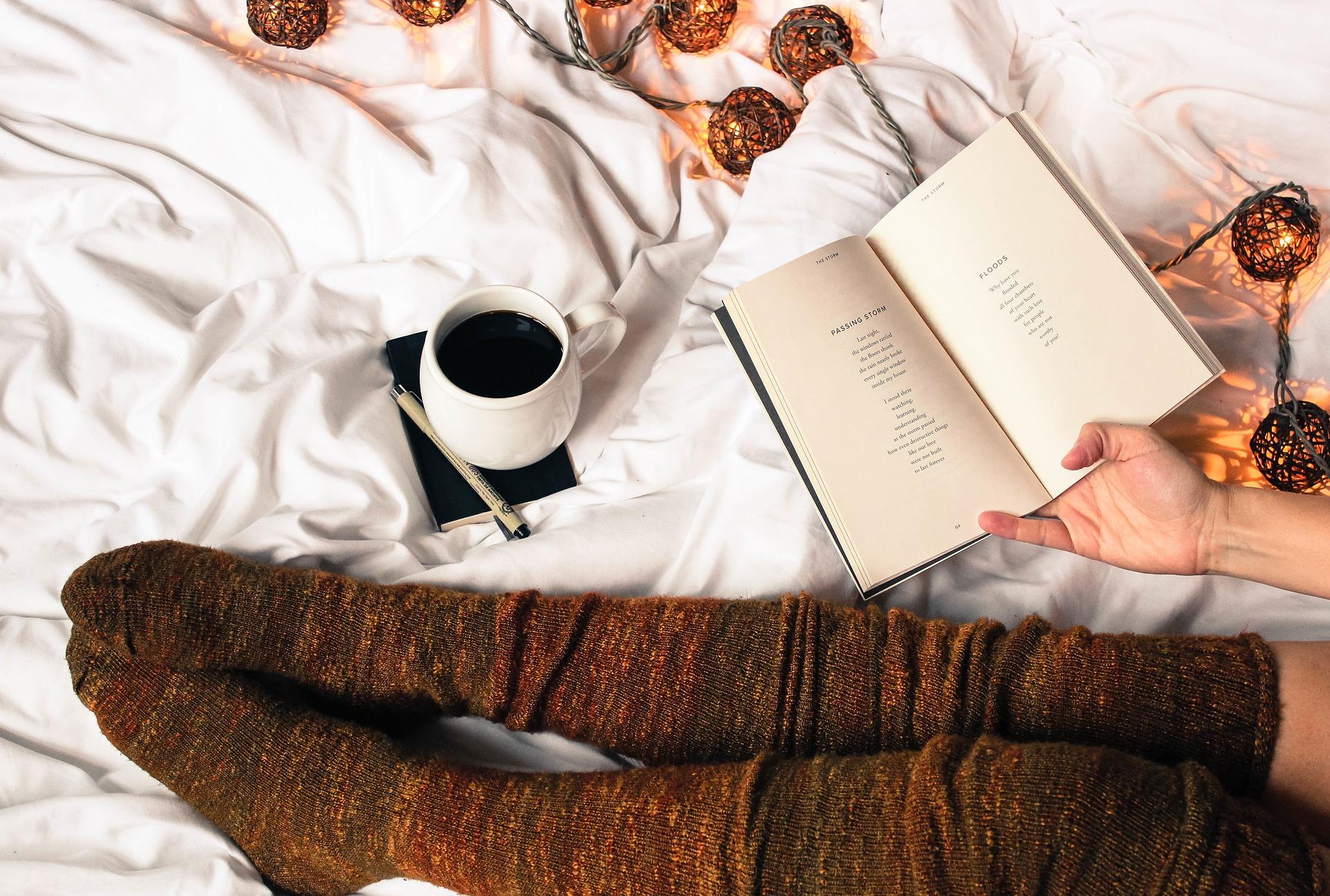 今のおうち時間がもっと楽しくなる、流行りのおうちカフェ風インテリア空間作りの秘法を大公開!